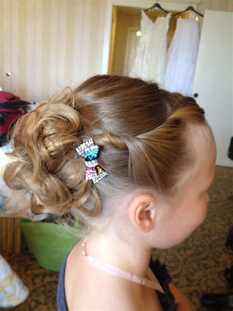 flower girl braided hairstyles for weddings 42 best images about my style on pinterest updo wedding