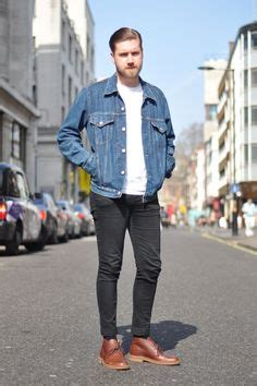 How To Wear A Jean Jacket Without Looking Like A Bag by Project Benzon On S Levis And Norse