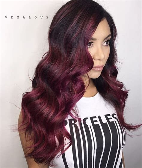maroon color hair best 25 maroon hair ideas on burgundy hair
