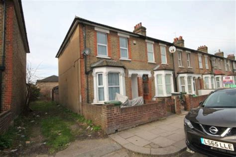 3 bedroom house for sale in bexley detached for sale in bexley 3 bedrooms detached da8 property estate agents in