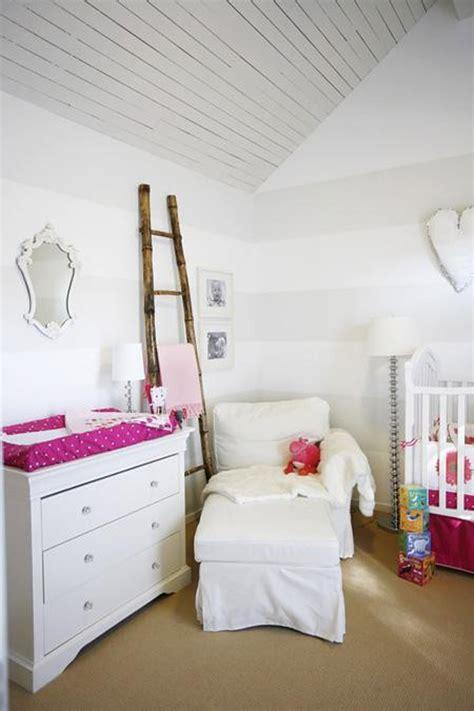 como decorar una habitacion en blanco 7 habitaciones infantiles en blanco pequeocio