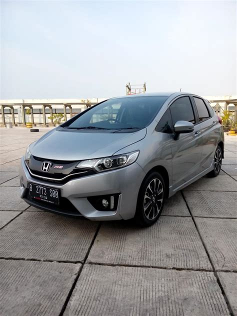 honda jazz rs 2017 2017 silver km 1 rban matic