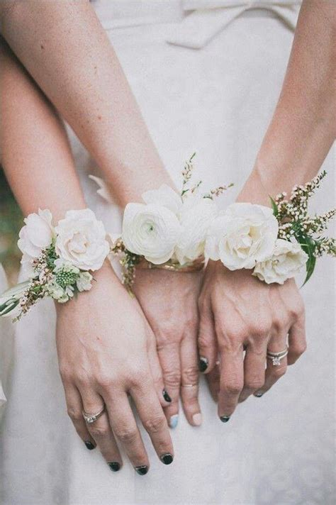 Flower wrist corsages for bridesmaids
