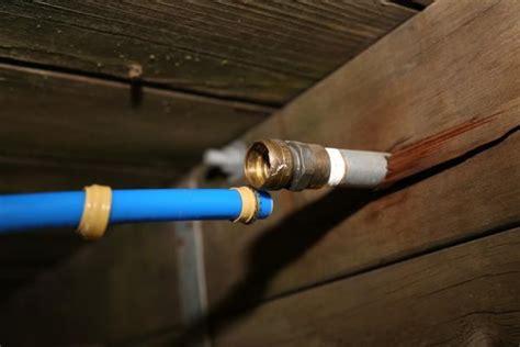 sharkbite pex tubing  outdoor garden hose set