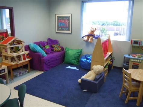 therapy room ideas 17 best ideas about play therapy room ideas on shelves children play and toys
