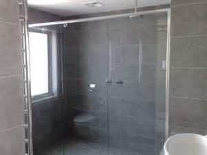 Frameless Bath Shower Screen frameless shower screens over bath shower screens 180 176 bath screens