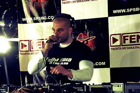 erotic house music 01 12 20 00 dj vld pres so sexy house music onlinedjradio com