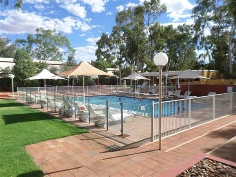 Desert Gardens Hotel Ayers Rock Resort 301 Moved Permanently