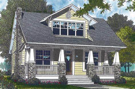 craftsman style house plan 3 beds 3 baths 2010 sq ft