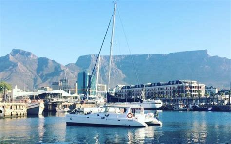 catamaran cape town tours iq 1 hour table bay cruise cape town luxury yacht charters