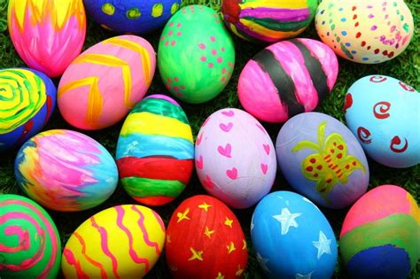 decorate easter eggs where to meet the easter bunny in brisbane 2018 brisbane