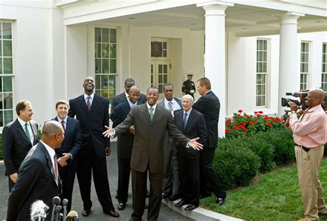 kevin garnett house kevin garnett in bush meets boston celtics at white house