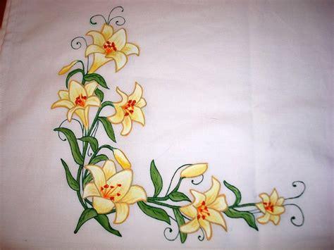 imagenes flores de tela pintar manteles en tela buscar con google manteles