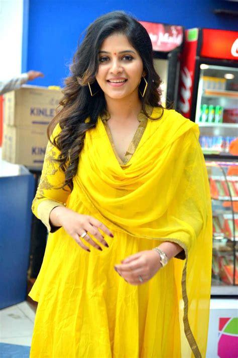 malayalam actress new gallery latest photos of malayalam actress anjali photo gallery