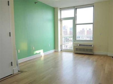 average 1 bedroom apartment rent in nyc 3 000 month rentals in new york city business insider