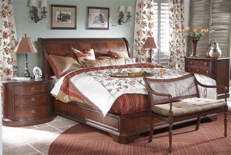 king sleigh bedroom sets 4 piece heritage mahogany traditional king size sleigh bed