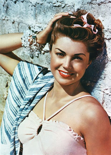 actress esther williams beautiful vintage photos of esther williams in swimsuits