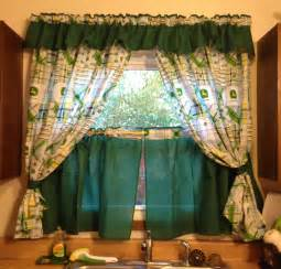 old fashioned green tiered kitchen cafe curtain design for