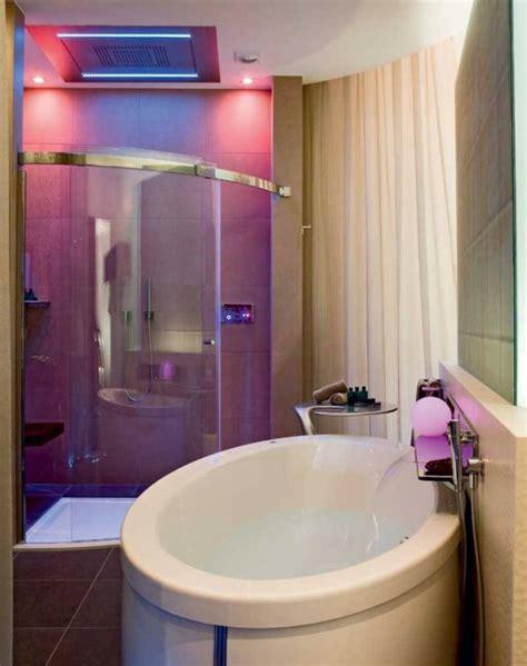 badezimmerleuchten decke 1001 ideen f 252 r badbeleuchtung decke effektvolle und
