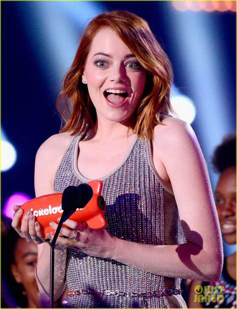 emma stone kid movie emma stone wins favorite movie actress at kids choice