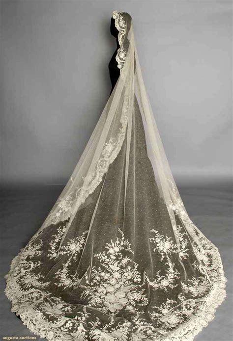Veil Oval point de gaz wedding veil c 1900 oval cathedral length