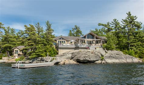luxury summer home gt georgian bay cottage for sale