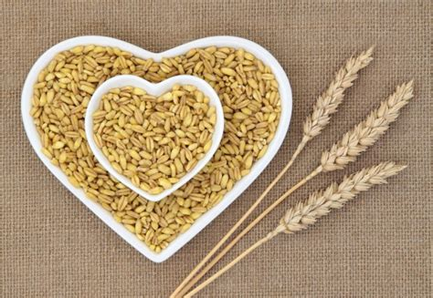 7 types of whole grains higher intake of whole grains associated with reduced risk