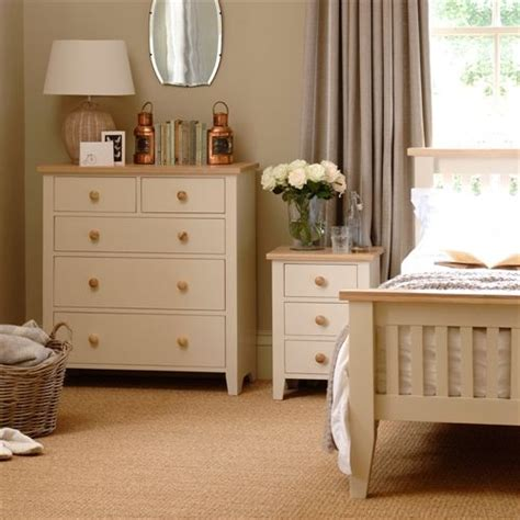 girls cream bedroom furniture best 25 painted bedside tables ideas on pinterest