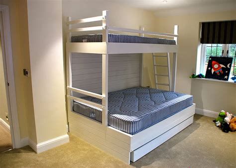 triple bed triple bunk bed by sandman home and garden sandman