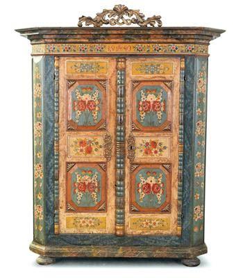 aste mobili mobili rustici gmundner rustic cabinet dorotheum