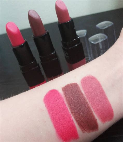 La Velvet Matte Lipstick swatches of the new la colors lac matte lipsticks l to