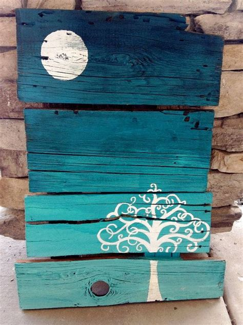 painting pallet tips and ideas pallet wood wood projects pinterest life awesome