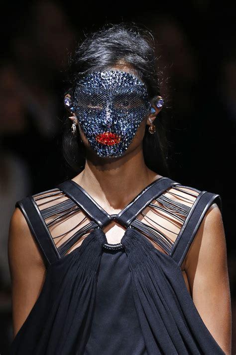 Make Up La Ode Yusuf fashion week nouvelles tendances mode haute couture victimdelamode