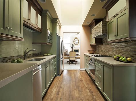 Long Narrow Kitchen Design by 10 Kitchen Design Ideas For Long Narrow Room 18737