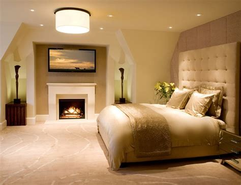 ideas  bring glamour   bedroom  gold accents home design lover