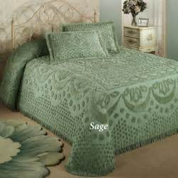 Chenille Bedding 17 Best Images About Chenille Bedspreads On