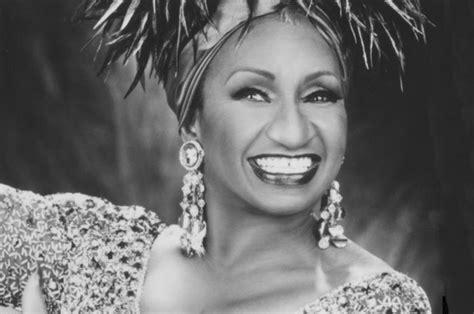 biografia celia cruz queen of salsa celia cruz becomes first latin diva