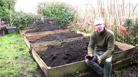 February on Peter's Plot: The Easiest Way to Build Raised
