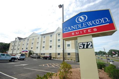 riverdale möbel candlewood suites west springfield at 572 riverdale