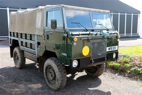 land rover 101 what it s like driving this military only forward control