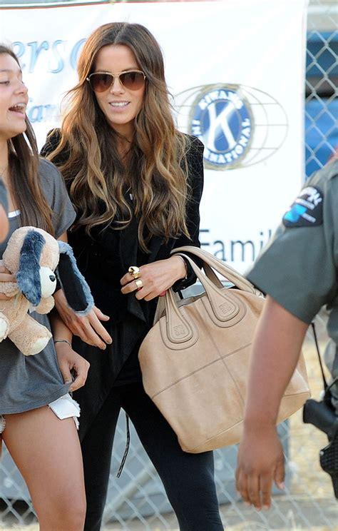 Kate Beckinsales Prada Purse by The Many Bags Of Kate Beckinsale Purseblog