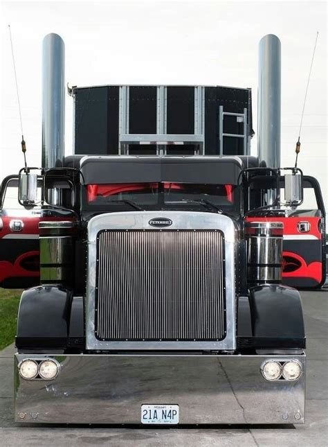 Semi Sleeper Means by 82 Best Images About Custom Peterbilt Trucks On