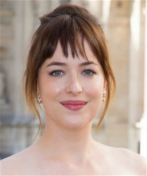how to get bangs like dakota johnson 15 most fashionable spring hairstyles fashion wear