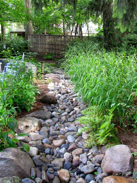 25 gorgeous dry creek bed design ideas stream bed dry