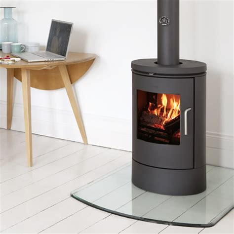 Glass For Wood Burning Stove Door The Mors 248 6140 Is A Simple Wood Burning Stove In Timeless Design With A Large Glass Door That