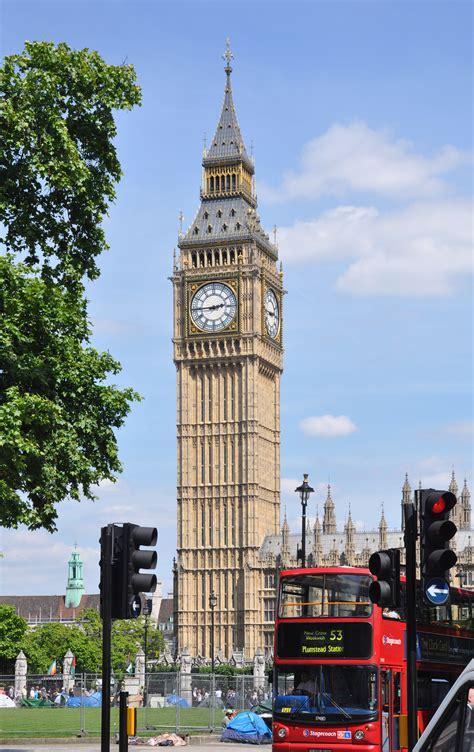 big tower file westminster big ben tower 2011 06 01 jpg wikimedia