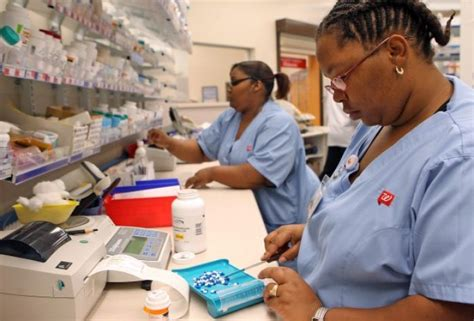 Cvs Pharmacy Technician by Express Scripts Walgreens Form New Alliance Business