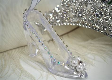 17 Best Images About Cinderella Theme On Pinterest Glass Slipper Centerpieces