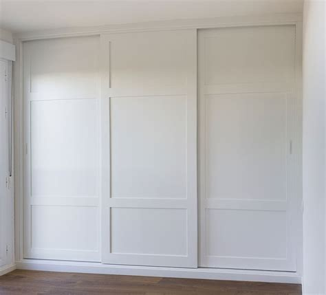 imagenes de roperos minimalistas 17 mejores ideas sobre puertas para armarios empotrados en