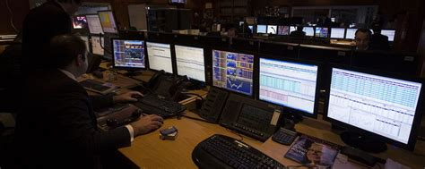 live forex trading room the relationship between forex and trading rooms the